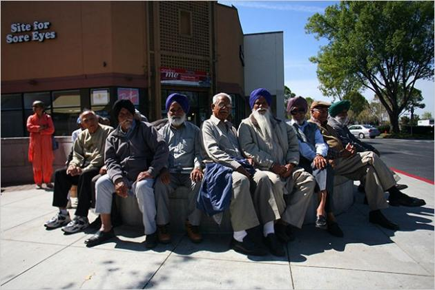 114573-indian-immigrants-at-a-mall-in-fremont-calif